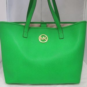 Michael Kors Jet Set  Saffiano Leather Travel Tote